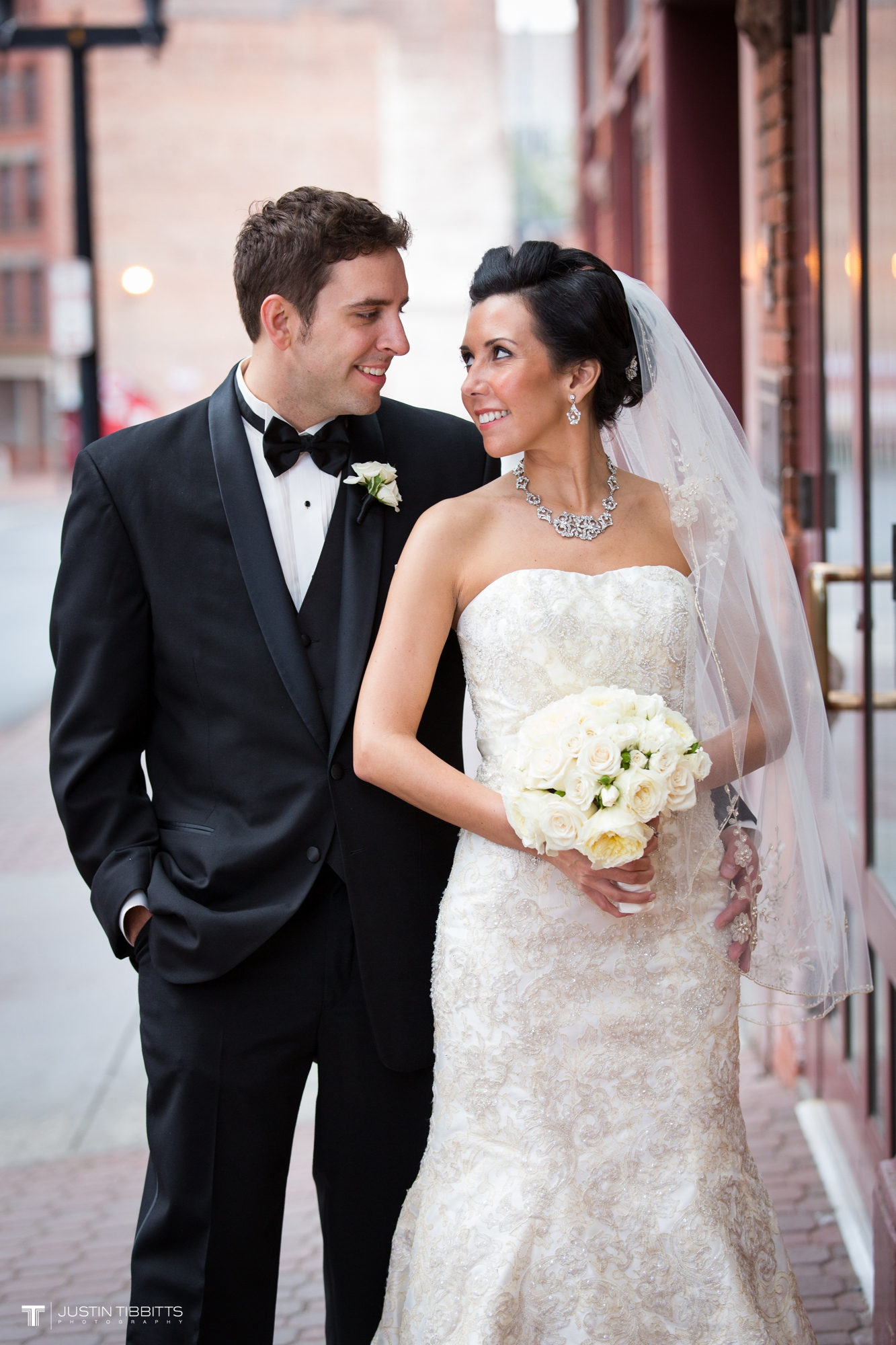 Justin Tibbitts Photography Mr and Mrs Vandenbergh Albany, NY Taste Wedding-15