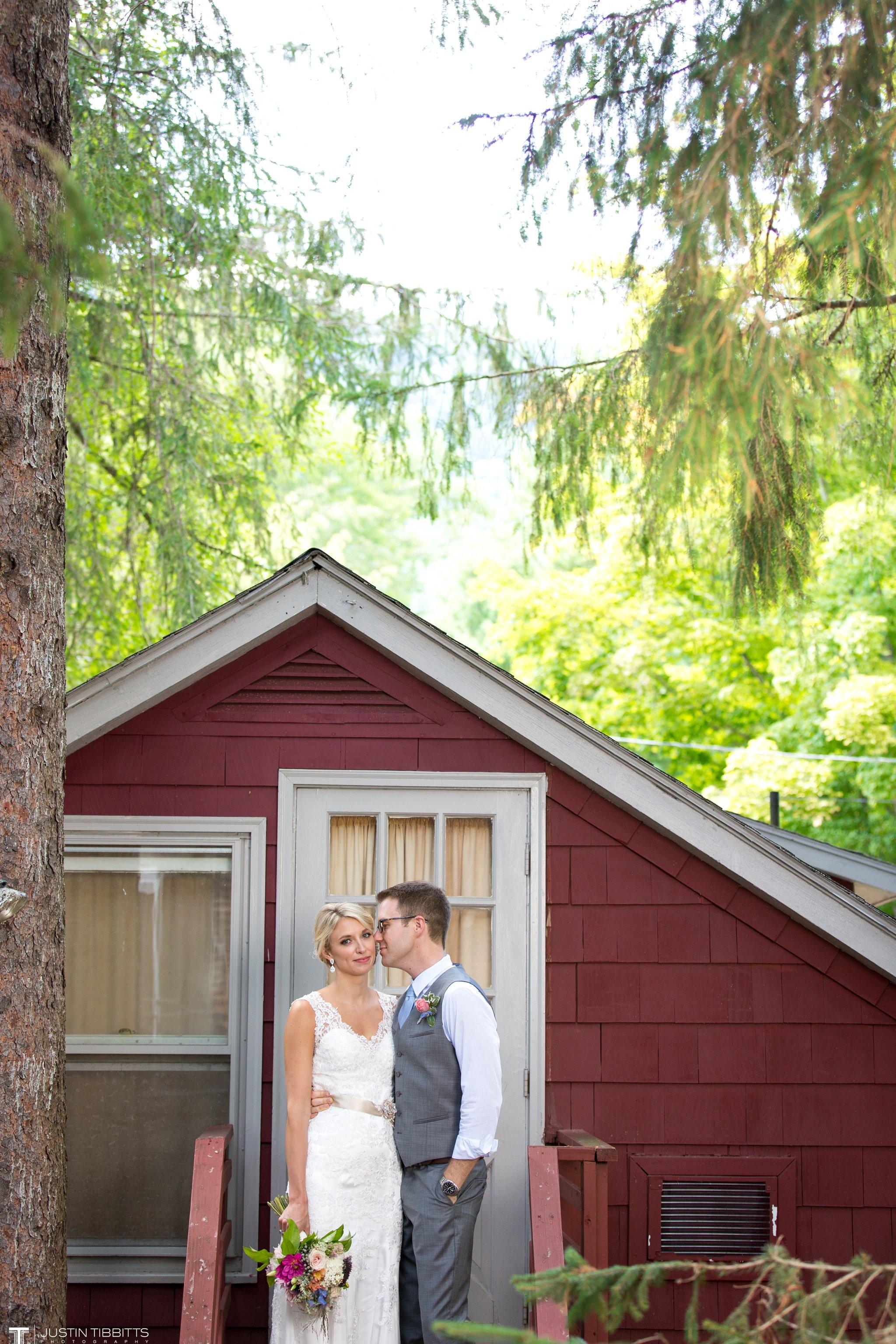 Gabe And Kari S Racebrook Lodge Wedding 0042