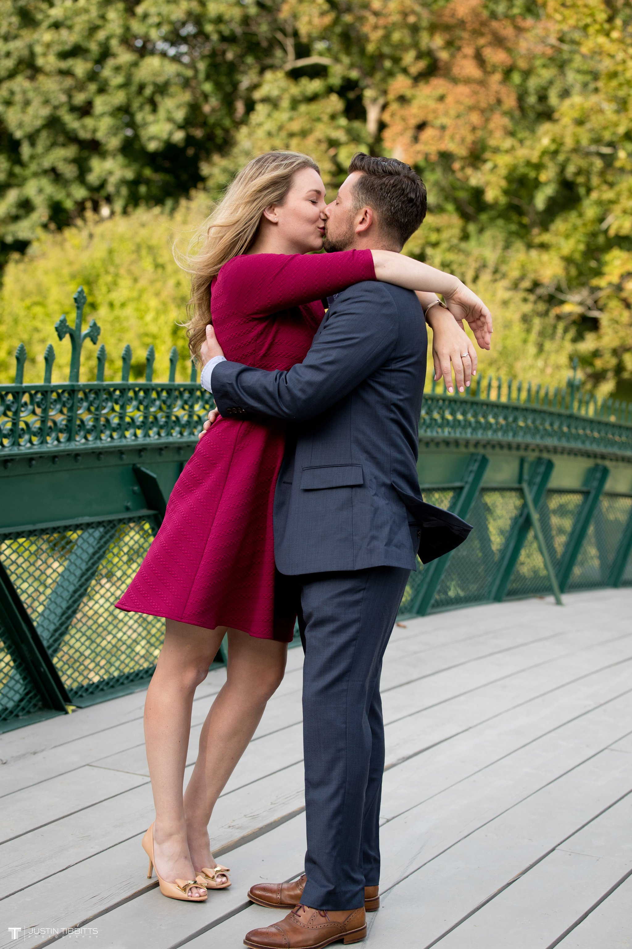 washington-park-albany-ny-engagement-photos-with-andrea-and-dan_0005