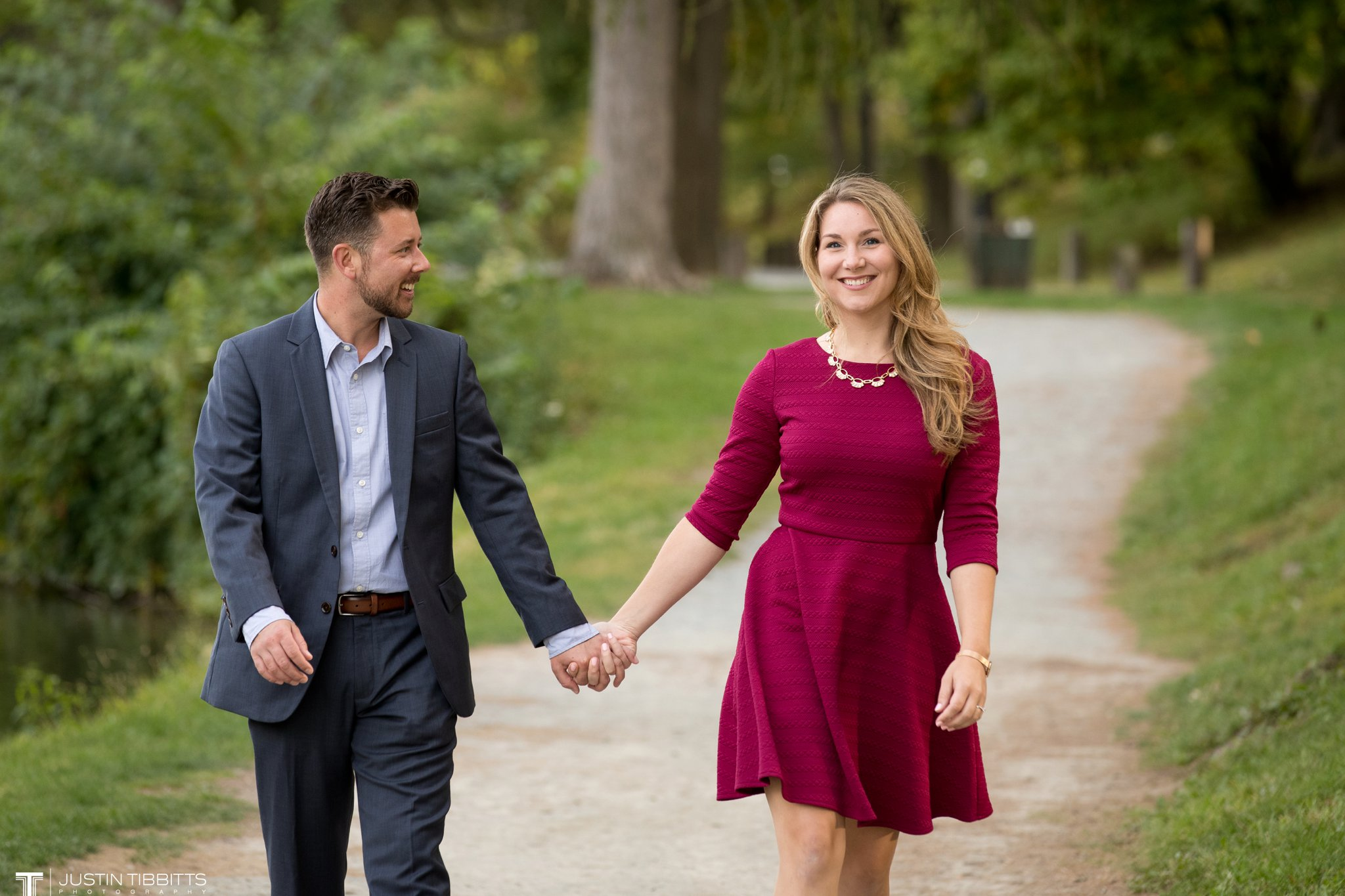 washington-park-albany-ny-engagement-photos-with-andrea-and-dan_0013