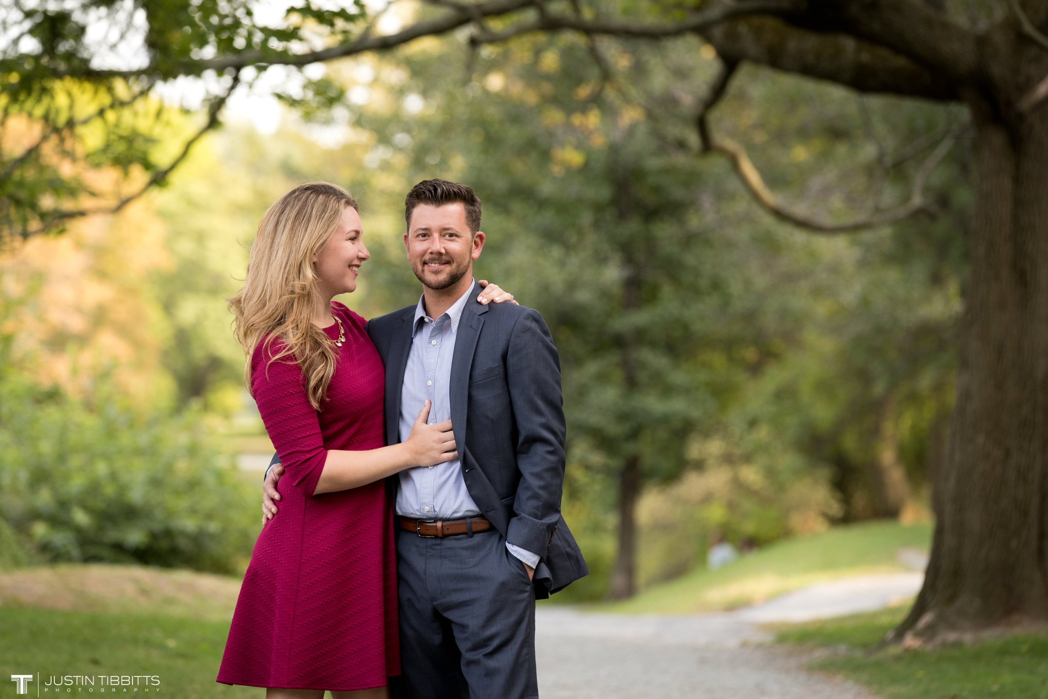 washington-park-albany-ny-engagement-photos-with-andrea-and-dan_0016