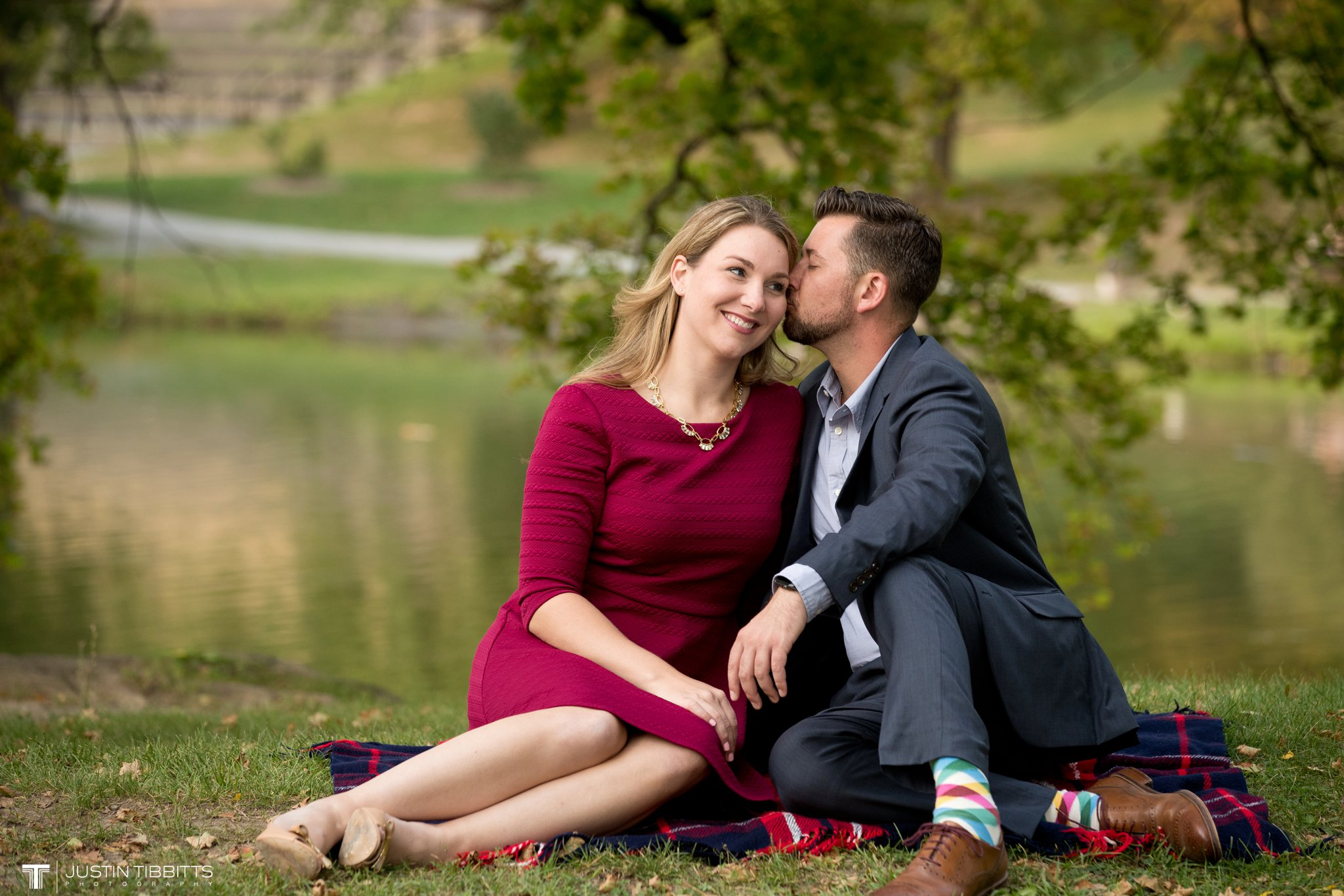 washington-park-albany-ny-engagement-photos-with-andrea-and-dan_0022