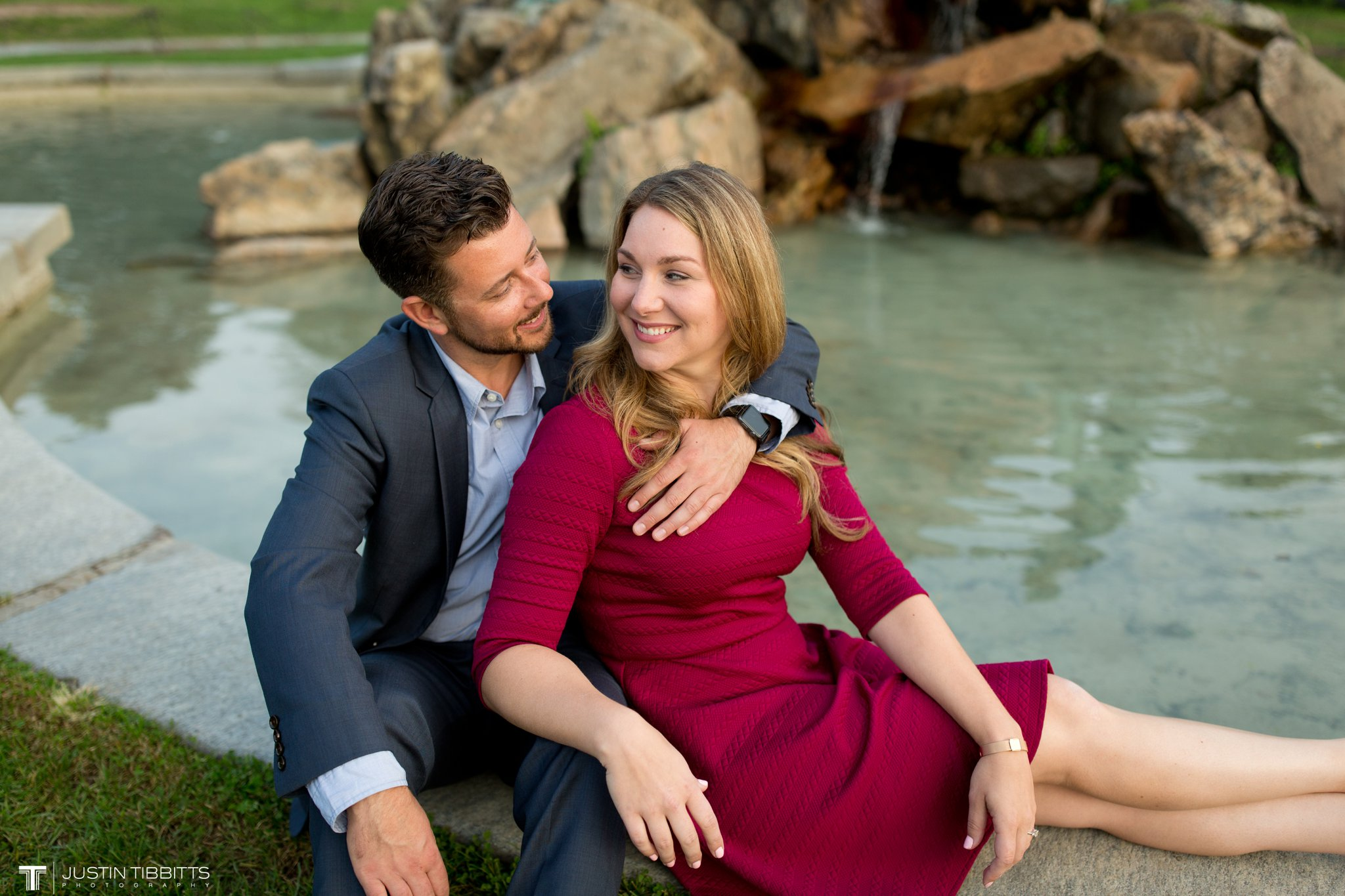 washington-park-albany-ny-engagement-photos-with-andrea-and-dan_0029