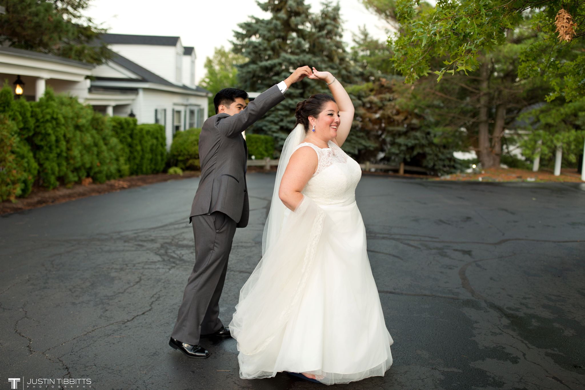 century-house-wedding-photos-with-james-and-molly_0090
